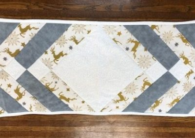 "White Reindeer - Table runner 12"" x 28"""